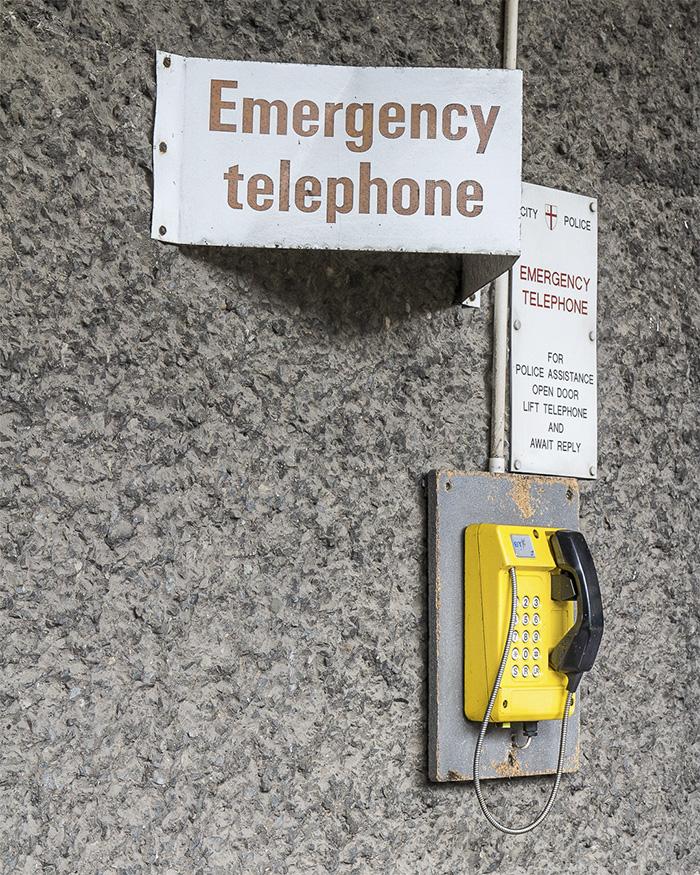 CRACKING THE CONCRETE - INSIDE THE BARBICAN I Emergency Telephone I ©HEARTBRUT / Karin Hunter Bürki